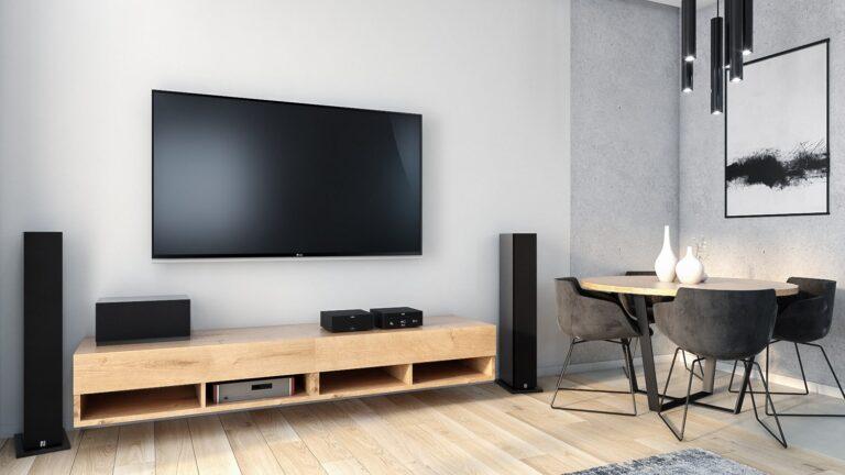 salon z panelami drewno podobne